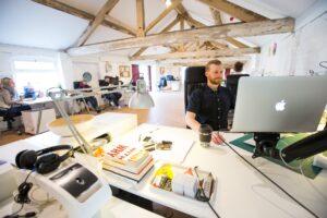 Top 5 Online Invoice Generators To Create A Professional Invoice
